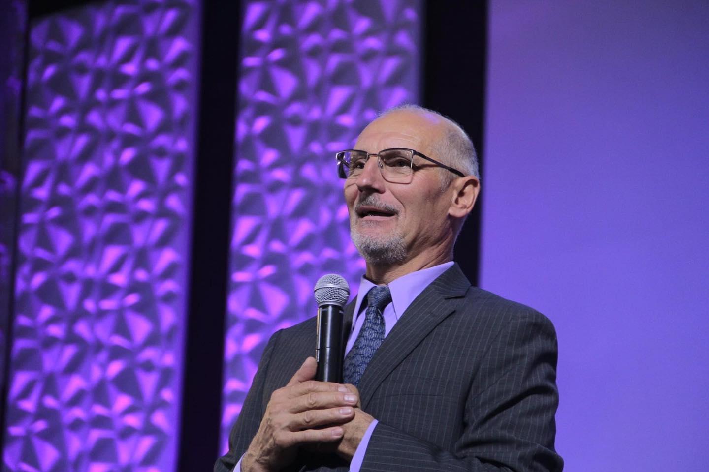 Pastor Victor Doroschuk